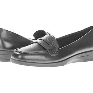 Shoes Time & Tru womens size 9.5W new slip onblack